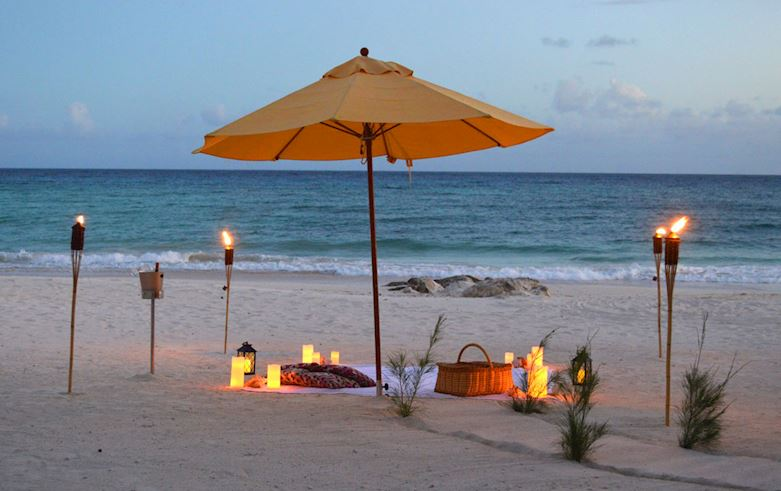 Bespoke Dining left Snippet at Sea Breeze Beach House Christ Church, Barbados