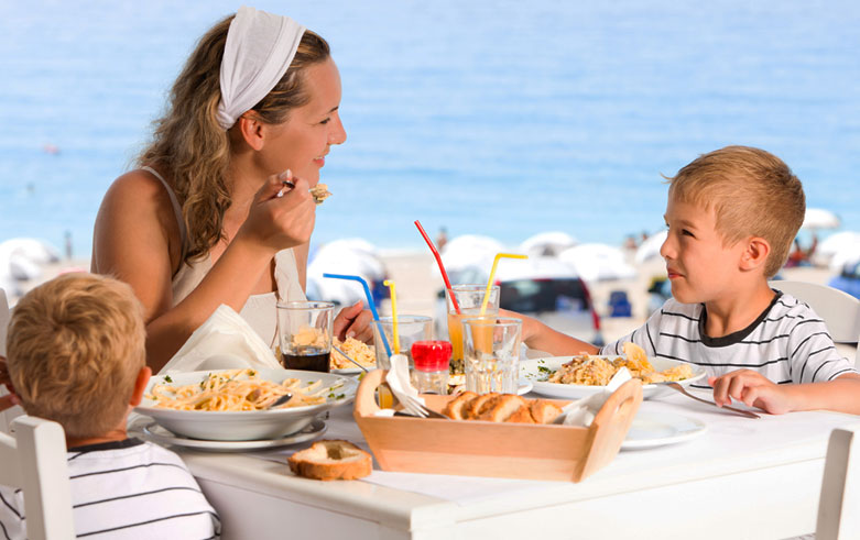 Kid Friendly Dining right Snippet at Christ Church Barbados