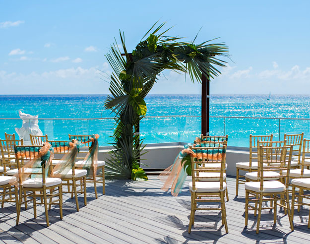 Sea Breeze Beach House, Christ Church Weddings Venues